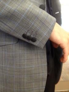 パンツの生地でくるみボタン